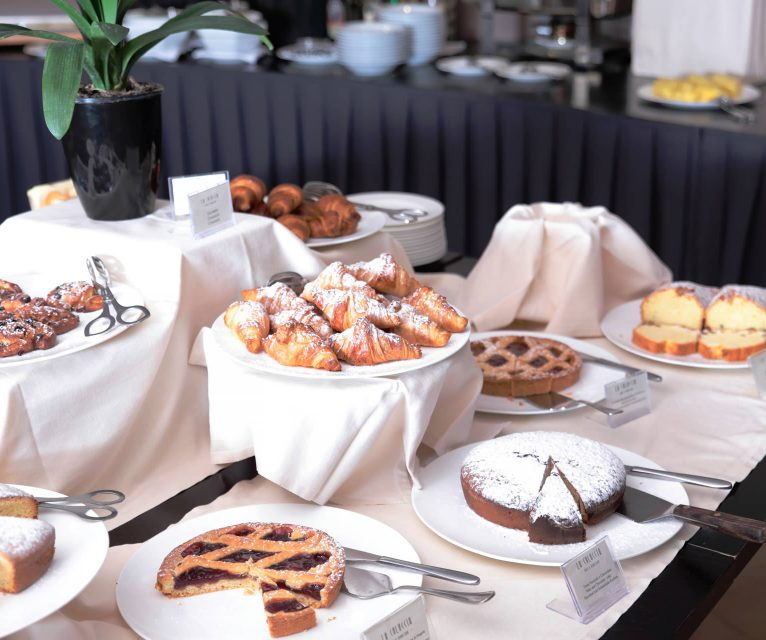 gruppo-felix-hotels-la-coluccia-servizi-ristorante-colazione-2