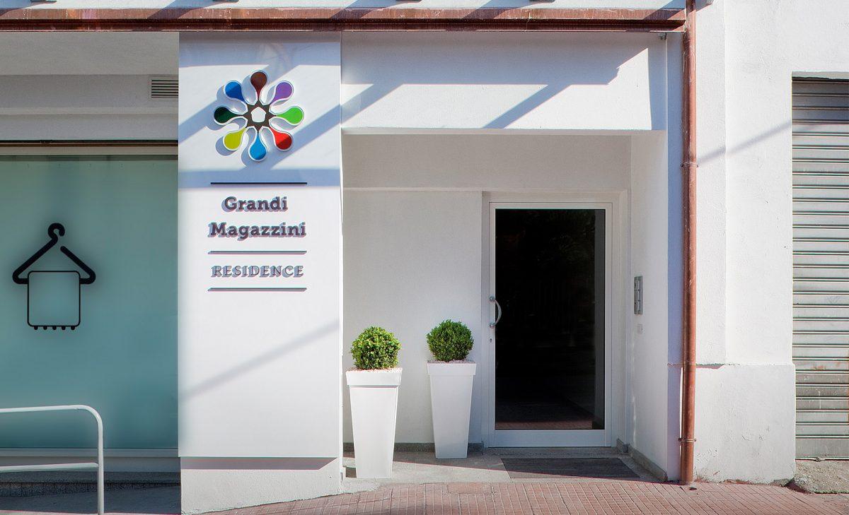 gruppo-felix-hotels-grandi-magazzini-nuoro-esterno-grandi-magazzini-1