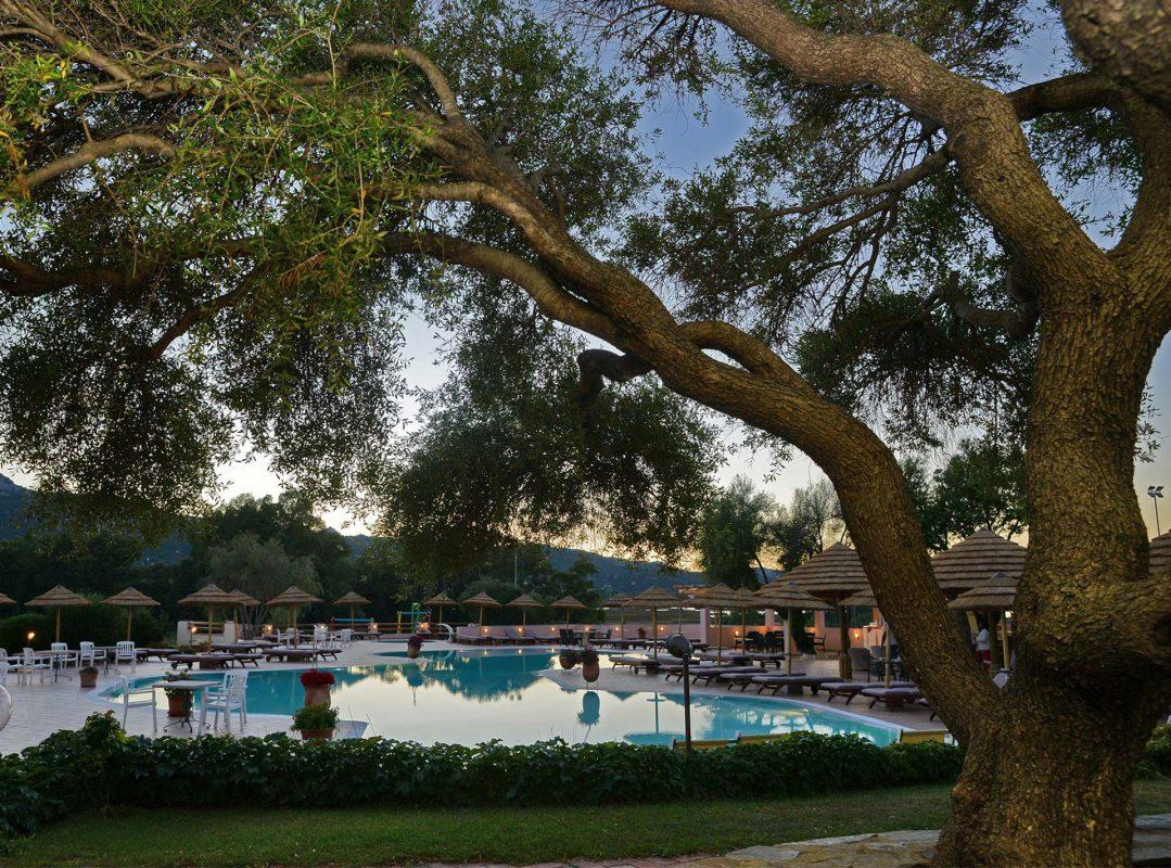gruppo-felix-hotels-hotel-airone-arzachena-piscina-5