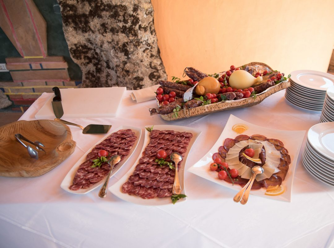 gruppo-felix-hotels-hotel-airone-baja-sardinia-arzachena-servizi-ristorante-buffet antipasti-1
