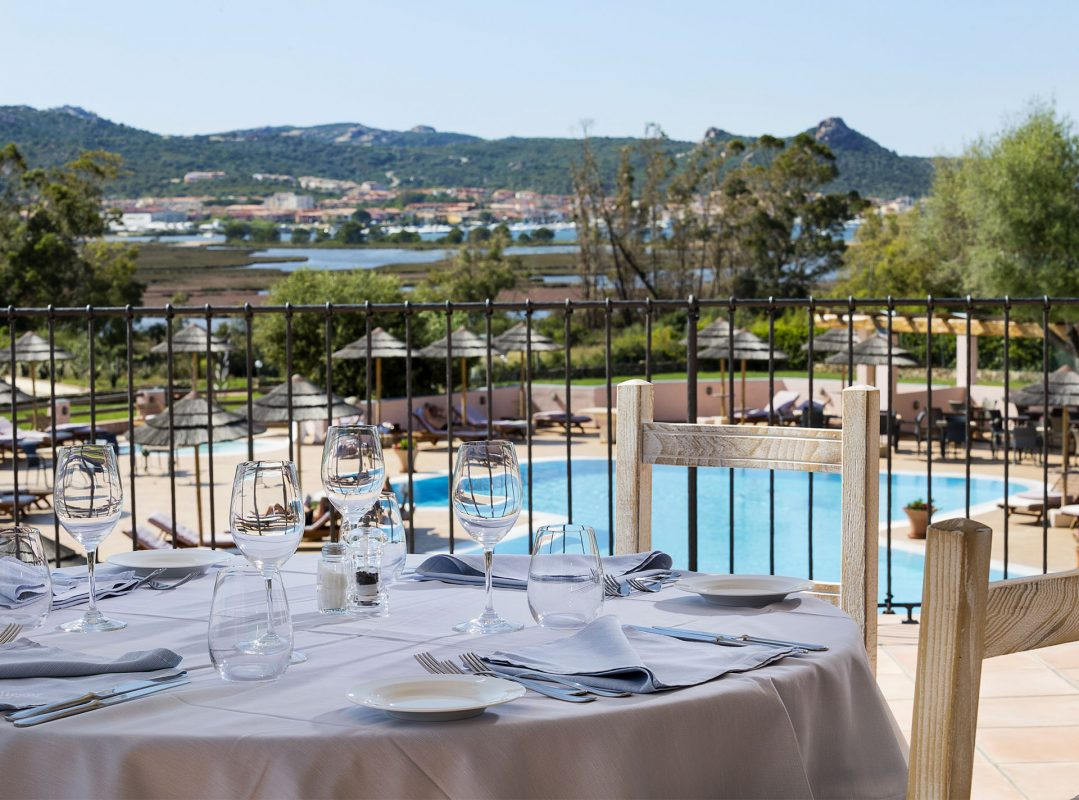 gruppo-felix-hotels-hotel-airone-baja-sardinia-arzachena-servizi-ristorante-terrazza-3