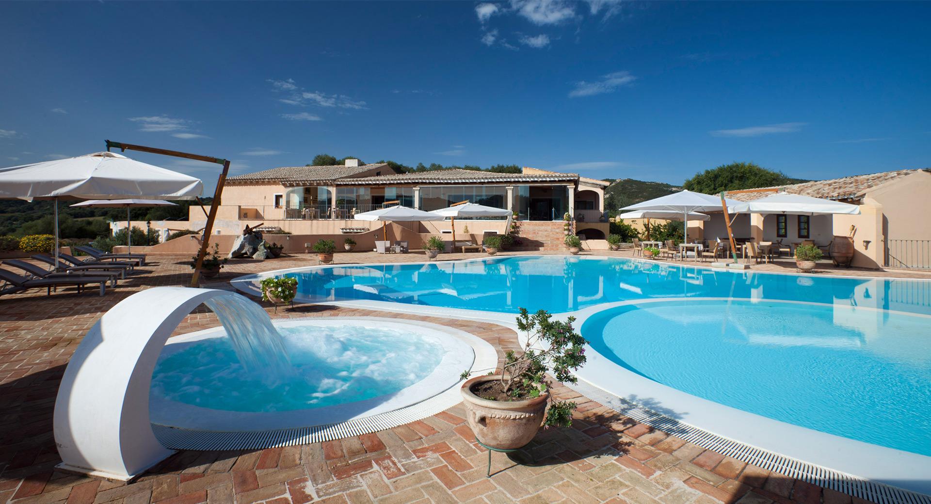 Hotel Parco degli ulivi vista piscina