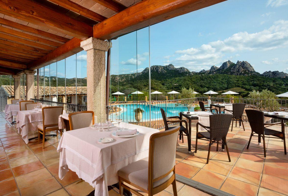 gruppo-felix-hotels-hotel-parco-degli-ulivi-arzachena-servizi-ristorante-terrazza-5