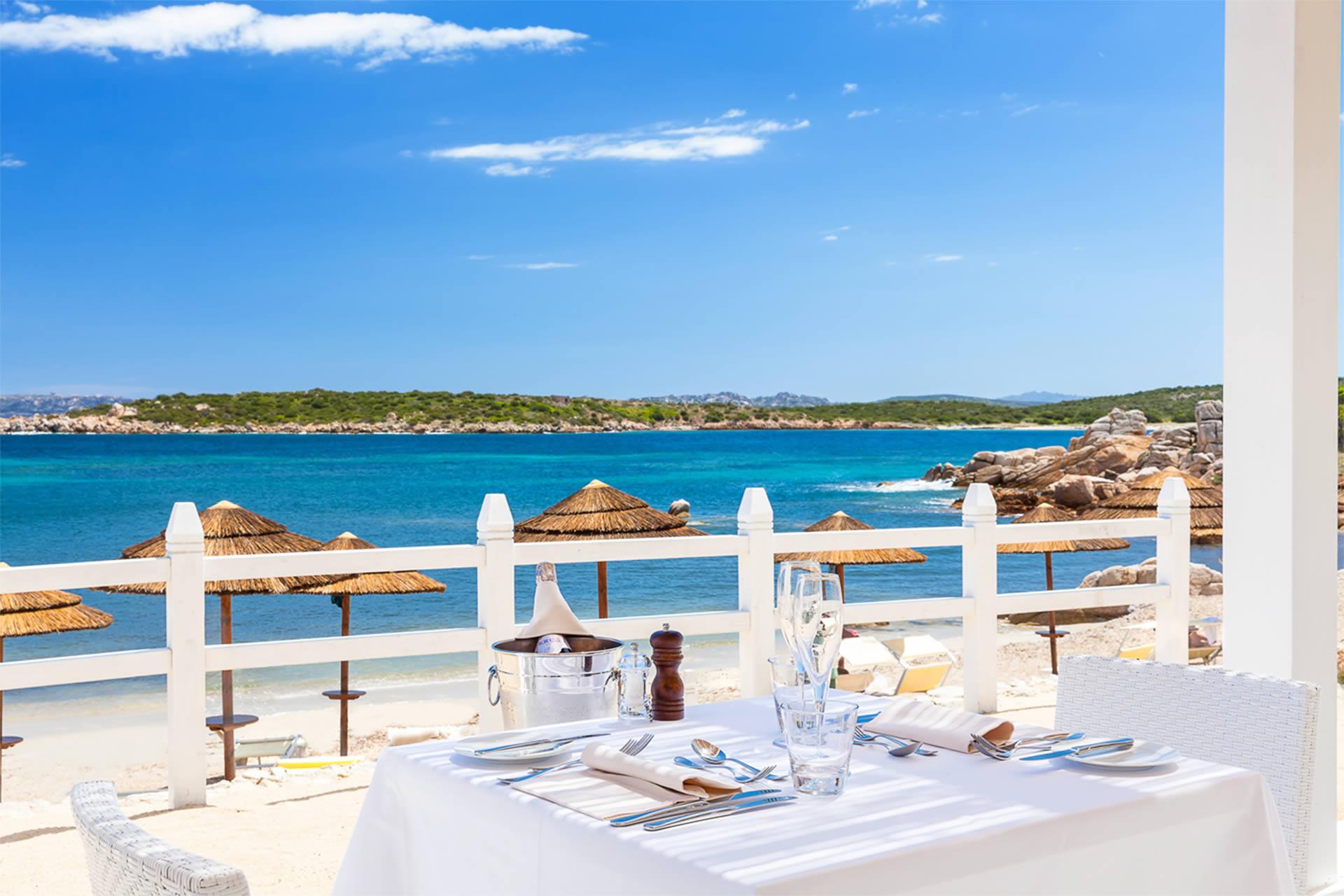 gruppo-felix-hotels-la-coluccia-servizi-ristorante-beach-8