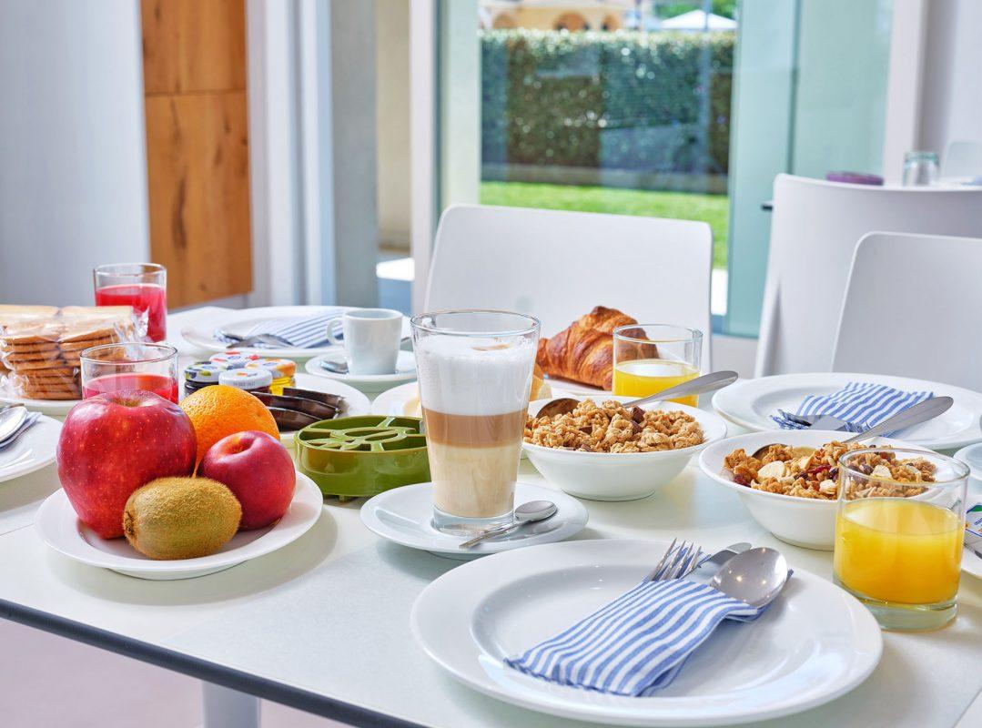 gruppo-felix-hotels-residence-porto-san-paolo-colazione-3